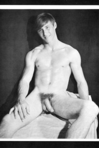 Sexy muscle guy naked in male erotic art photo