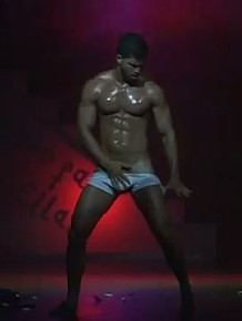 Muscle men erotic dance